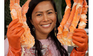 15-golden-king-crab-lady-1-300.jpg